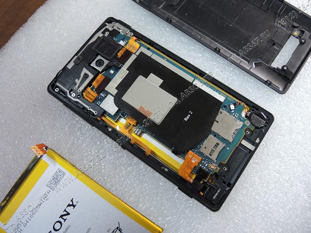 Смартфон Sony Xperia ZL – замена аккумулятора